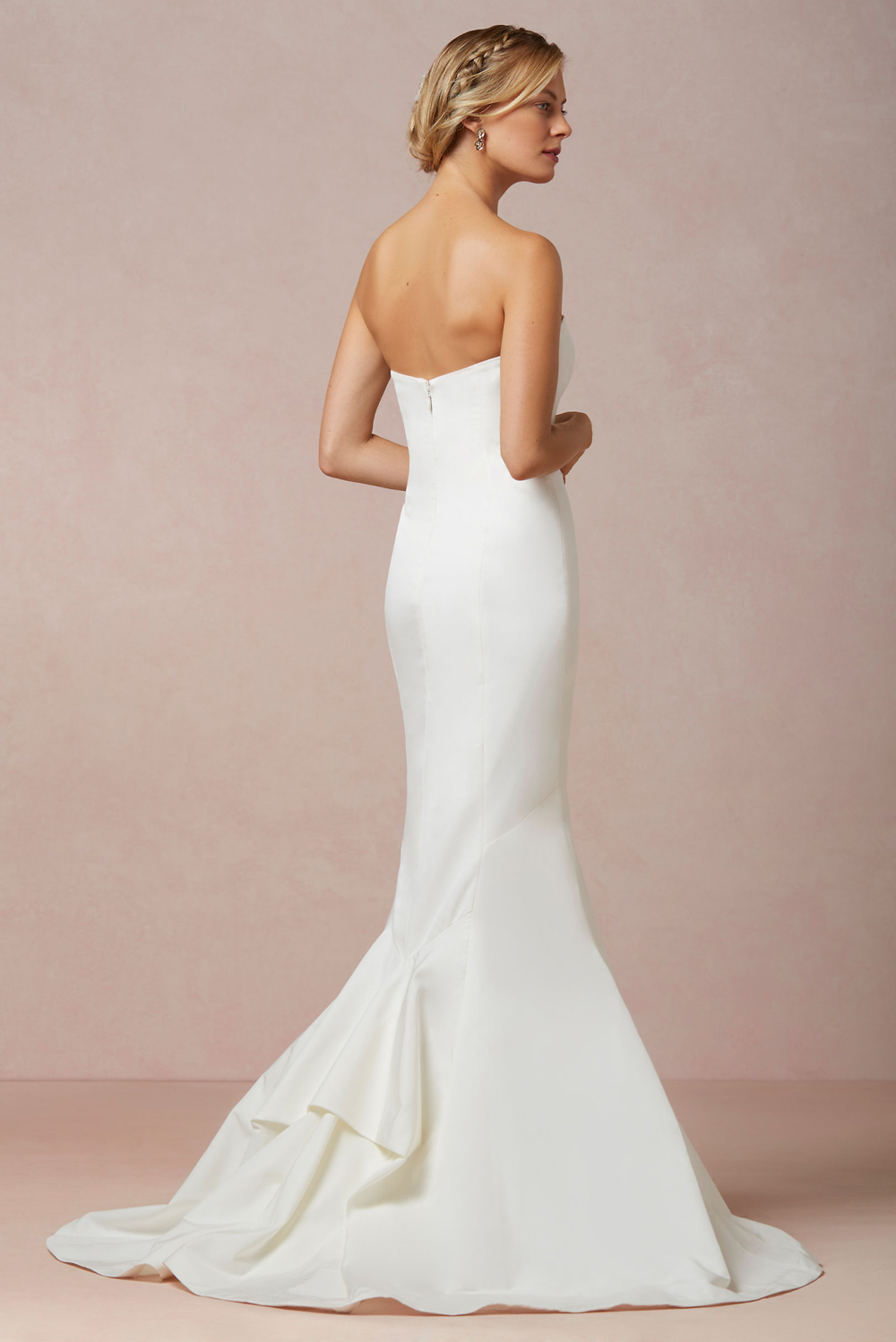 Dream Wedding Day Style Lover.ly Dakota Gown Nicole Miller