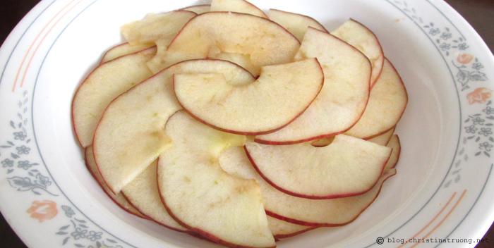 Autumn Apple Rose Recipe. Soaking Apples