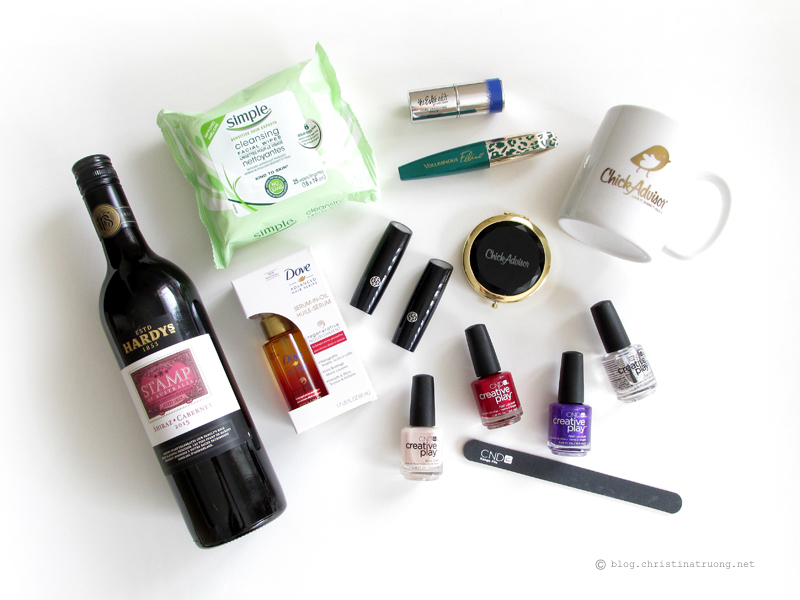 Event recap and products from ChickAdvisor ShowCase Toronto 2016 featuring Simple Skincare, The Estee Edit, Mary Kay, L'Oreal Paris, Hardys Wine, Dove, and CND Nail Lacquer