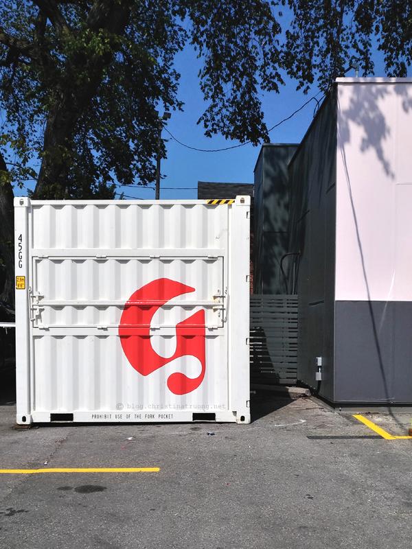 Glossier Studio Toronto Tour