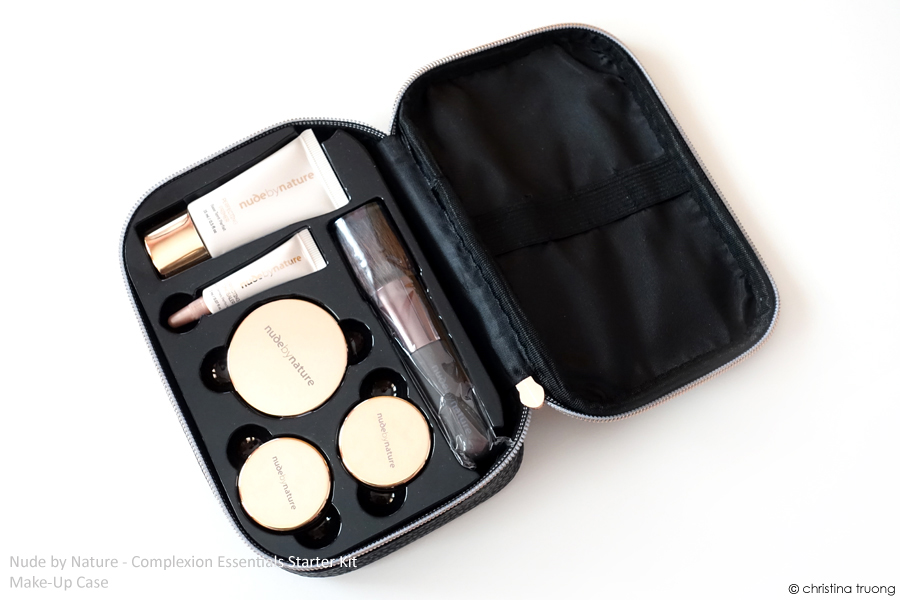 Nude by Nature Complexion Essentials Starter Kit Review in W4 Soft Sand Accessories Travel Makeup Case Content Contain