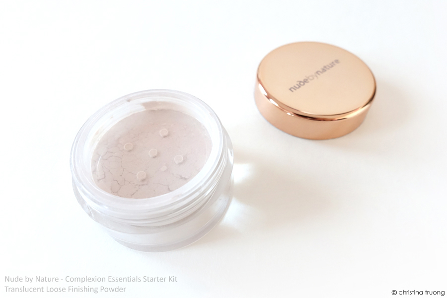 Nude by Nature Complexion Essentials Starter Kit Review in W4 Soft Sand Translucent Loose Finishing Powder
