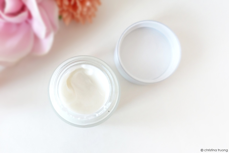 Fresh Lotus Youth Preserve Eye Cream With Multi-Action Super Lotus Review Close Up