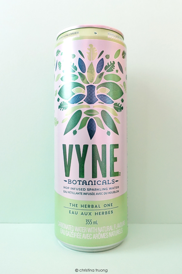 VYNE Botanicals The Herbal One Hop Infused Sparkling Water Review